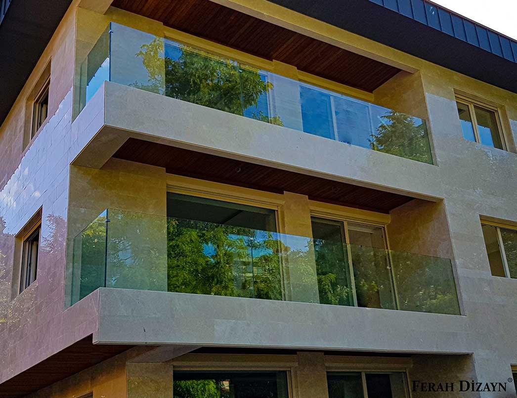 Balkon İçin Cam Korkuluk